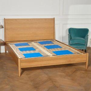 double kit nuit posé sur un lit